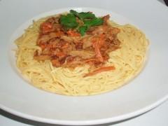 Kukuričné špagety so seitanom
